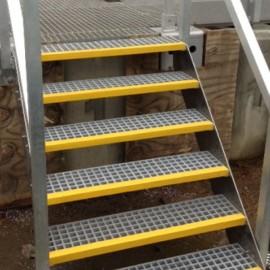Treppenstufen (GFK)