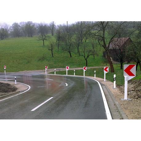 Straßenschilder crashsicher